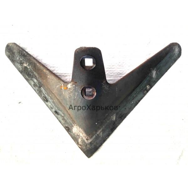 Лапа стрельчатая КПС 270мм наплавка сормайтом, Сталь 65